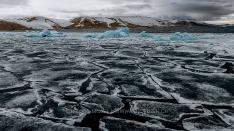 Das Fjordeis bricht auf